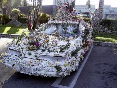 advertisements - Halloween Car Decoration Ideas