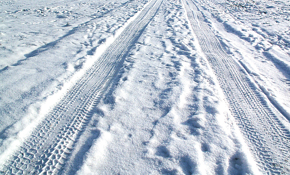 Drive 4 Ur School >> Oh, no… Snow! Everything You and Your Vehicle Need for Winter Driving | Butler Auto Group's Blog