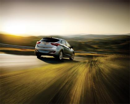 Enjoy complimentary SiriusXM Radio in your new 2013 Hyundai Elantra.
